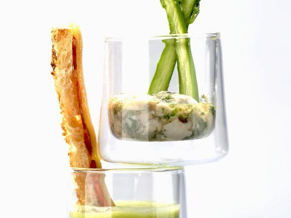 Suppe mit Spargel und Speck