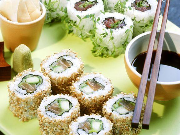 Sushi mit Thunfisch und Lachs