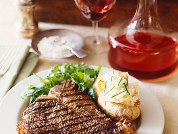 T-Bone Steak mit Kartoffeln