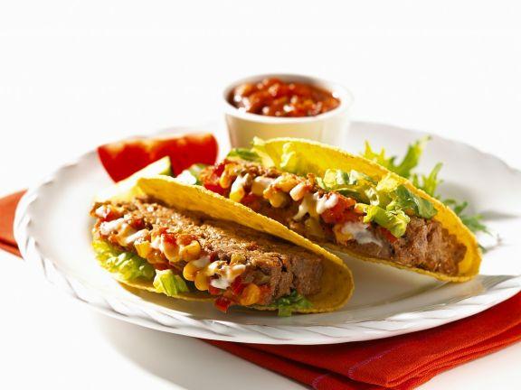 Taco shells mit Hackbraten gefüllt
