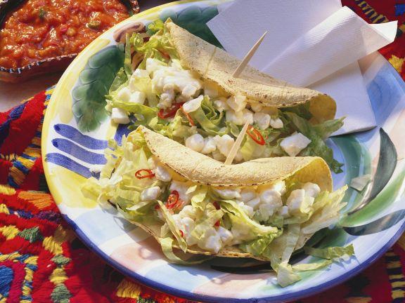 Tacos mit Mozzarella gefüllt
