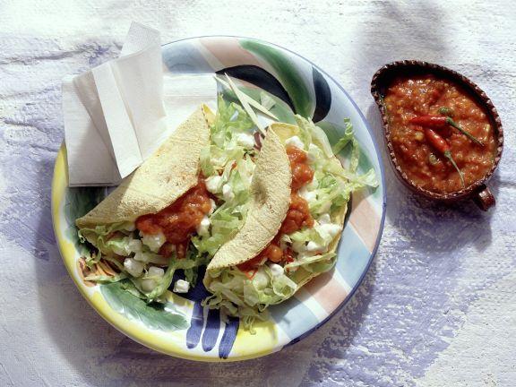Tacos mit Salat und Mozzarella