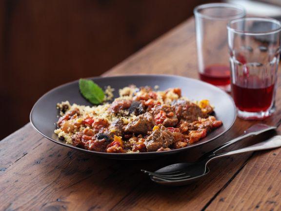 Tajine mit Rindfleisch und Couscous