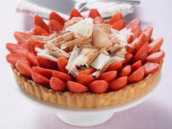Tarte mit frischen Erdbeeren