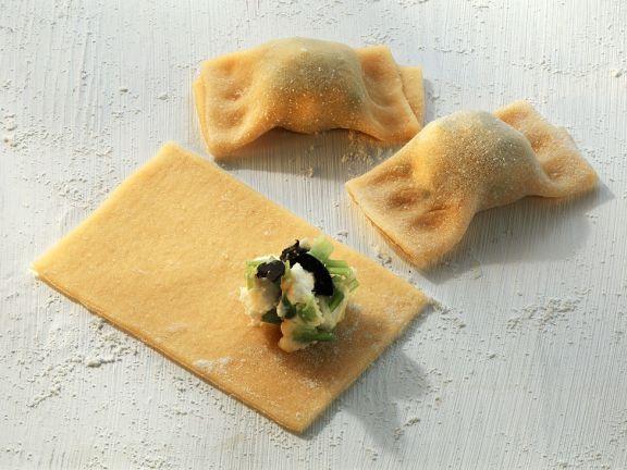 Teigtaschen mit Frischkäse-Lauchfüllung