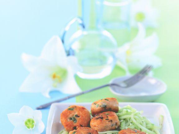 Thai-Fischbällchen mit Gurken-Relish