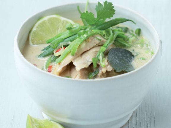 Thailändische Hühnchen-Kokos-Suppe