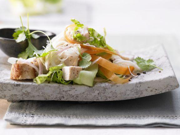 Thailändischer Hähnchensalat