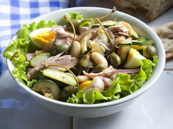 Thunfisch-Bohnensalat mit Ei