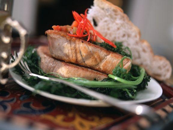 Thunfisch mit Paprikasauce