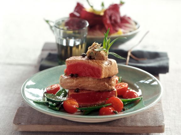 Thunfisch mit Sardellenbutter
