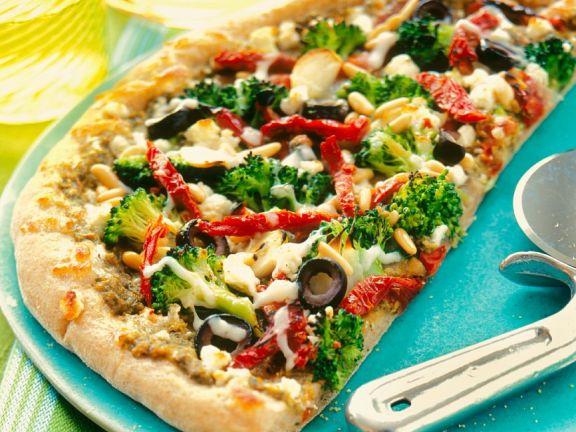 thunfisch-Pizza mit Brokkoli und Tomaten