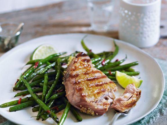 Thunfisch vom Grill mit grünen Bohnen