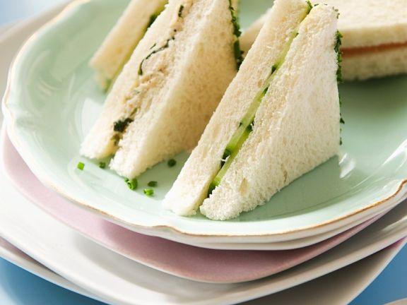 Thunfischsandwiches mit Gurke
