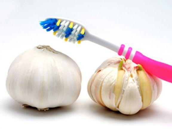 Das sind die 10 besten Tipps gegen Mundgeruch. © chuck - Fotolia.com