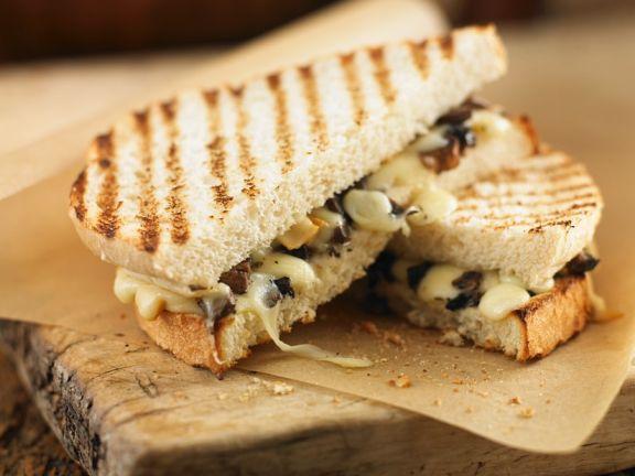 Toast-Sandwich mit Champignons