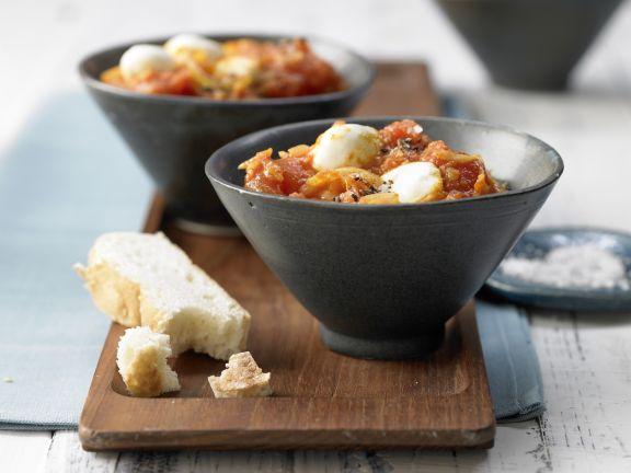 Tomaten-Curry mit Mozzarella und Fladenbrot