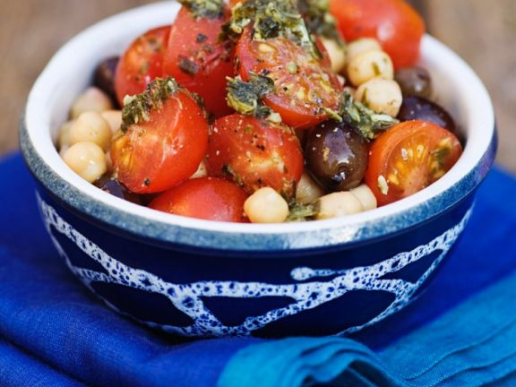 Tomaten-Kichererbsensalat