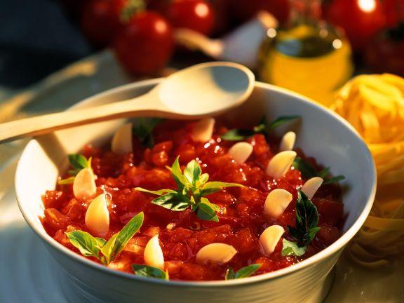 Tomaten-Knoblauch-Sugo