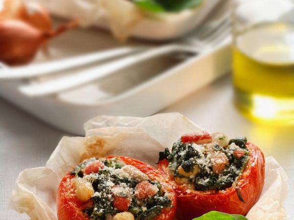Tomaten mit Spinatfüllung