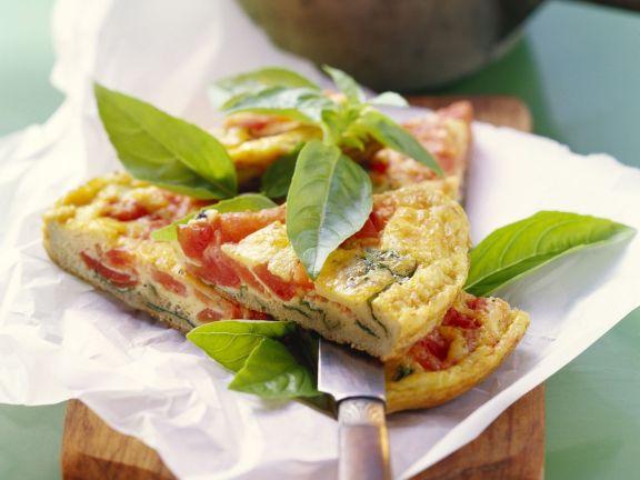 Tomaten-Omelett mit Zucchini und Basilikum