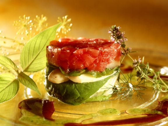 Tomaten-Spargel-Schichtsalat