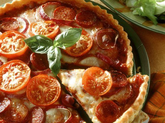 Tomatenquiche mit Mozzarella und Paprikawurst