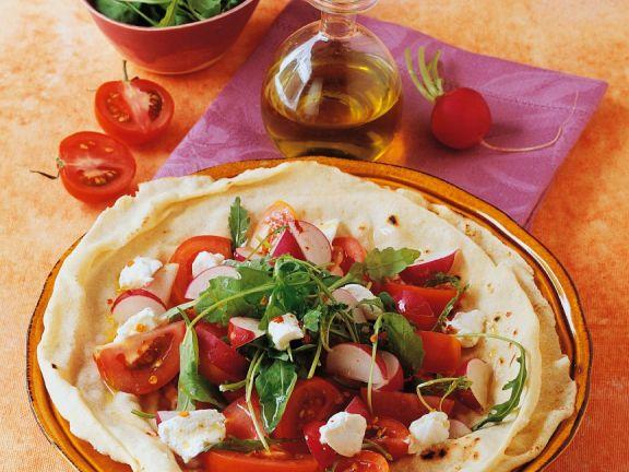 Tomatensalat auf Fladenbrot