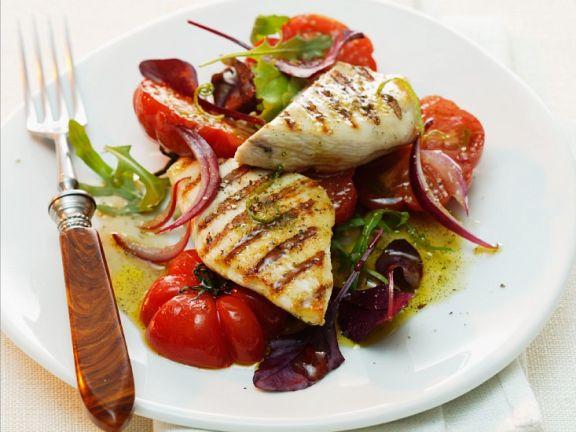 Tomatensalat mit Thunfischsteaks und Vanille-Dressing