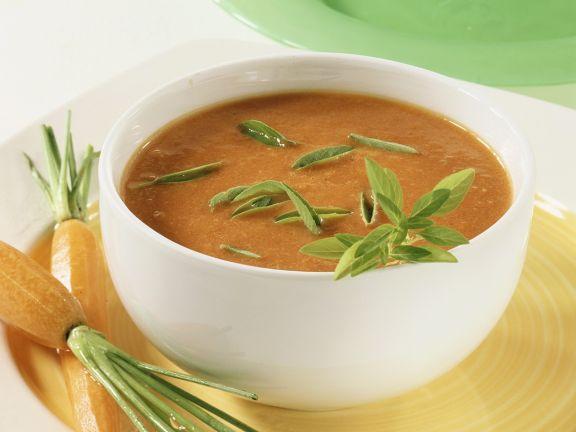Tomatensuppe mit Möhren