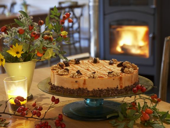 Torte mit Hagebuttencreme
