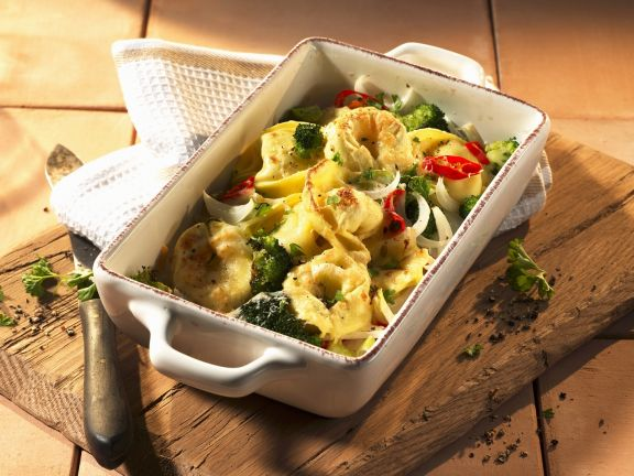 Tortellini-Gratin mit Brokkoli