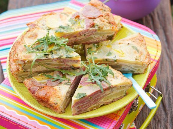 Tortilla mit Wurst und Paprika