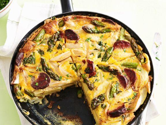 Tortilla mit Wurst und Spargel