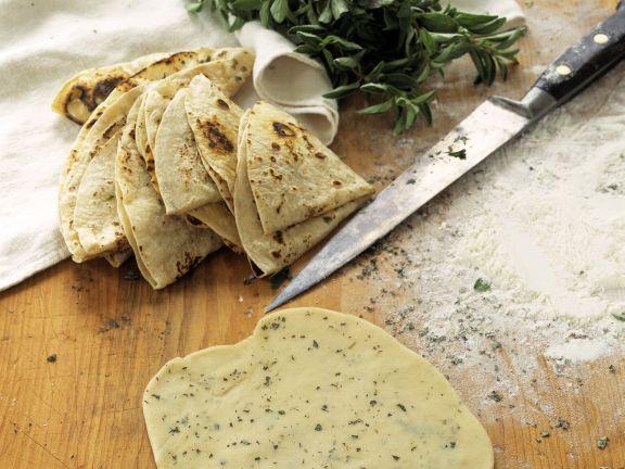 Tortillas aus Weizenteig mit Oregano