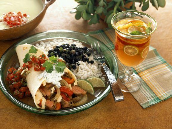 Tortillas mit Fleisch-Gemüsefüllung