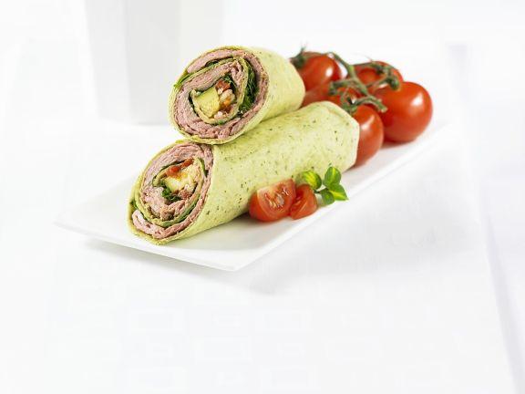 Totilla-Wraps mit Fleisch-Gemüsefüllung