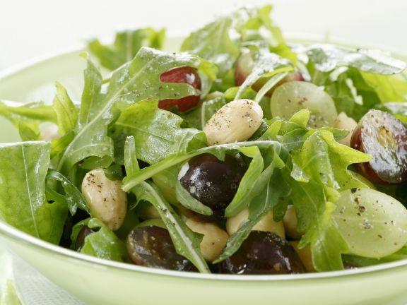 trauben rucola salat mit mandeln rezept eat smarter. Black Bedroom Furniture Sets. Home Design Ideas