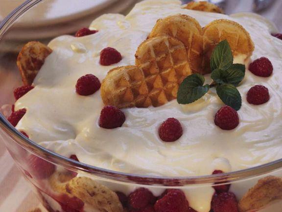 Trifle mit Himbeeren