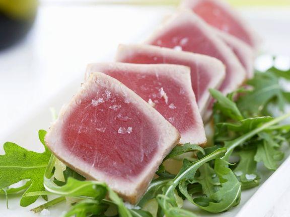 Tunfisch mit Rucola