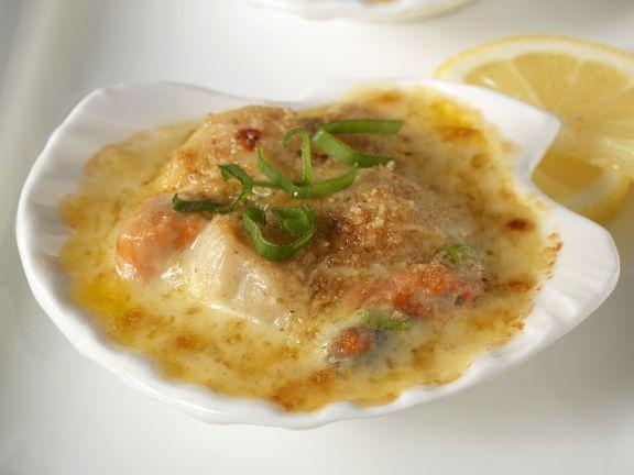 Überbackene Jakobsmuscheln mit Curry