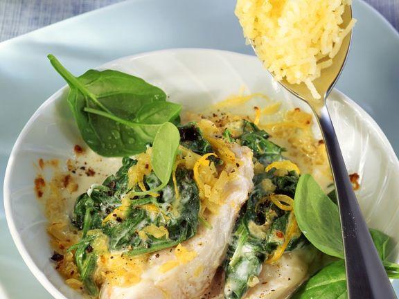 Überbackener Fisch mit Spinat