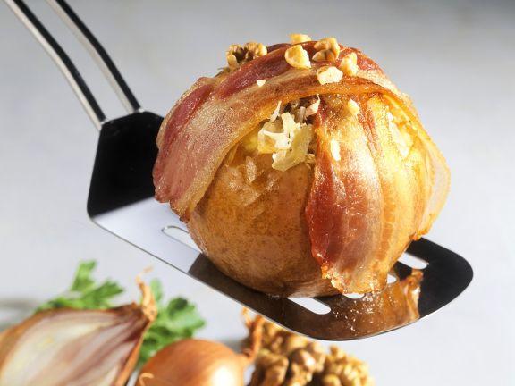 Überbackenes Sauerkraut im Apfel