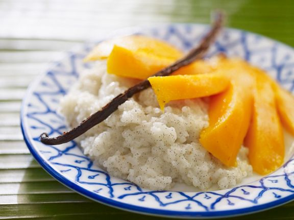 Vanille-Kokos-Milchreis mit Mango