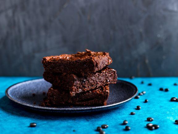 Vegane Brownies mit schwarzen Bohnen