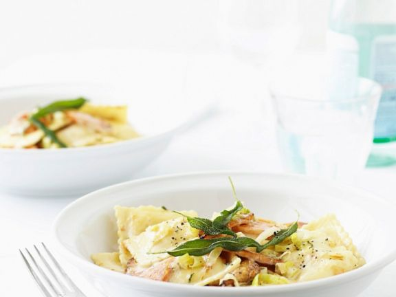 Vegane Ravioli mit Gemüsesauce