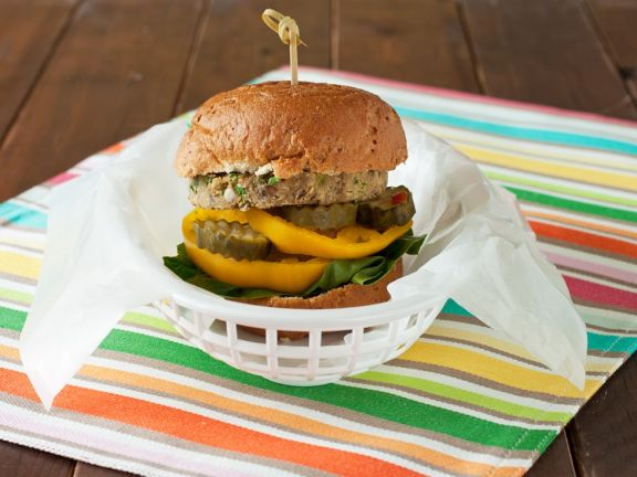 Veganer Burger mit Kichererbsenpatty