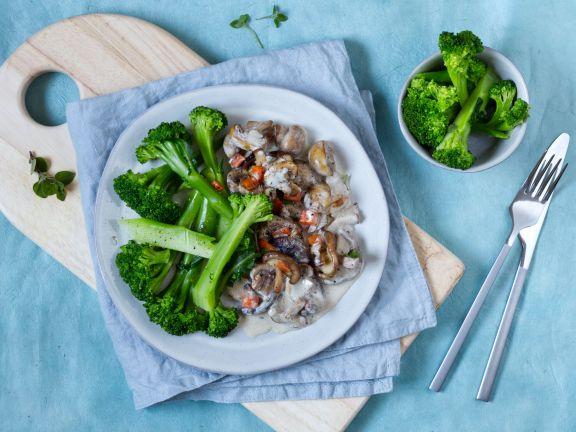 Veganes Pilzragout mit Brokkoli