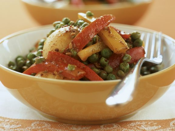 Vegetarisches Curry mit buntem Gemüse