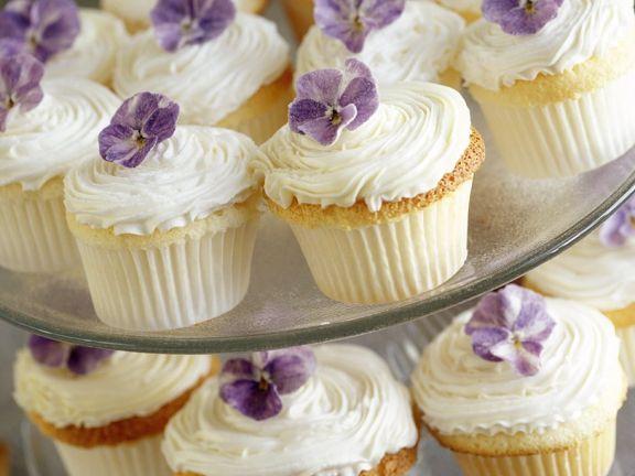 Veilchen-Cupcakes
